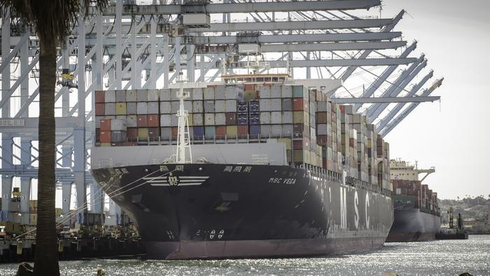 Port Of LA Becomes First Ever In Western Hemisphere To Handle 1+ Million Containers In One Month