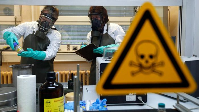 Top Chinese Epidemiologist Urges Probe Of US Bio-Weapons Labs In Latest Deflect