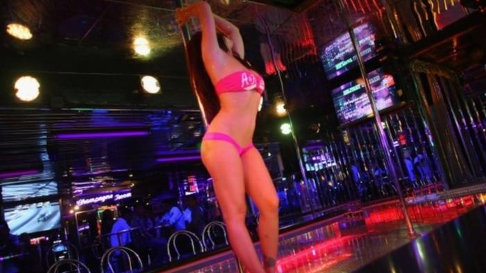 """""""We Were Busy!"""" - NYC Strip Clubs """"Packed"""" As COVID Restrictions Lifted"""