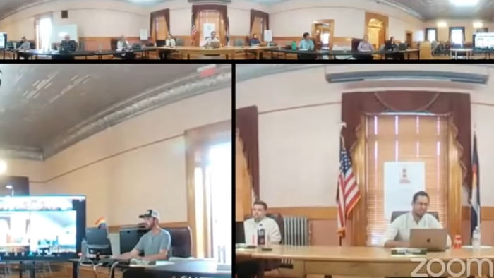 """""""Out Of Order!"""" Colorado Mayor Bans Pledge Of Allegiance, Then Snaps At Meeting Attendees Who Recite It Anyway"""