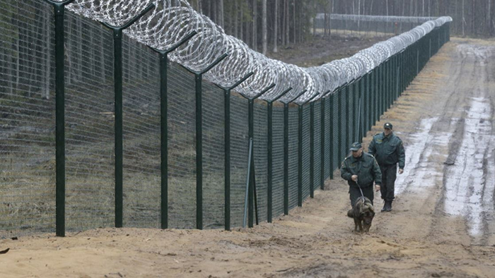 """Lithuania Needs To """"Build That Wall"""" As Migrants Pour In Through Belarus -  USA News Guru"""