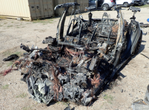 """""""Burned Alive"""": Friend Of Tesla Wreck Victim Claims Driver Was """"Trying To Save His Life"""" By Climbing In Back Seat"""