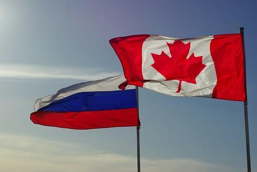 canadaandrussianflags.jpg